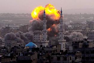 Israel ataca en Gaza luego de que milicianos palestinos lanzaran proyectiles